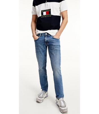 Jeans used dal taglio regolare