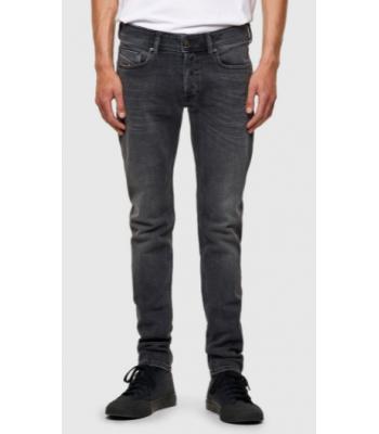 Jeans slim da uomo